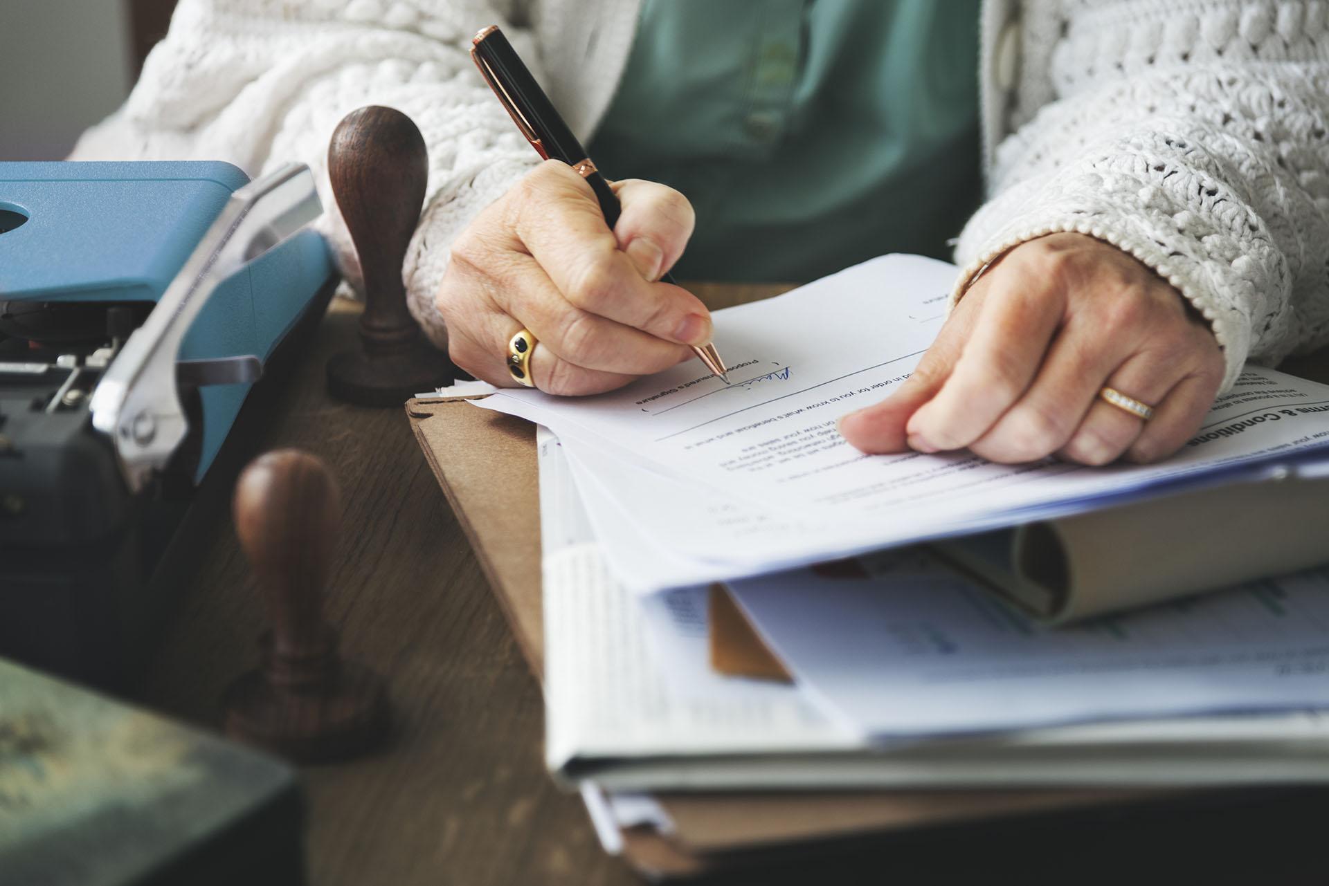 Does Life Insurance Go Through Probate? - Texas Republic